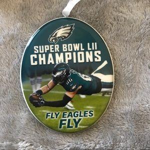 NIB Eagles Super Bowl 52 Champions Tree Ornement